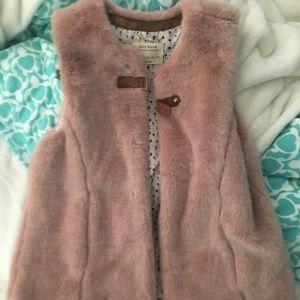 girl's zara furry vest
